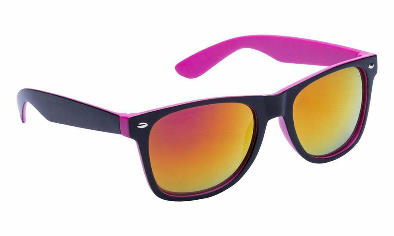 Lunettes de soleil en plastique avec monture deux couleurs, verres métalliques. Protection UV 400.
